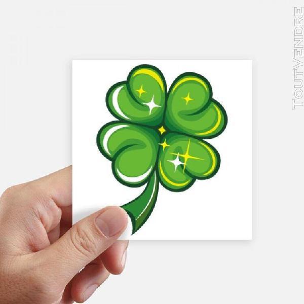 Le jour de l'irlande st.patrick trèfle à quatre feuilles.