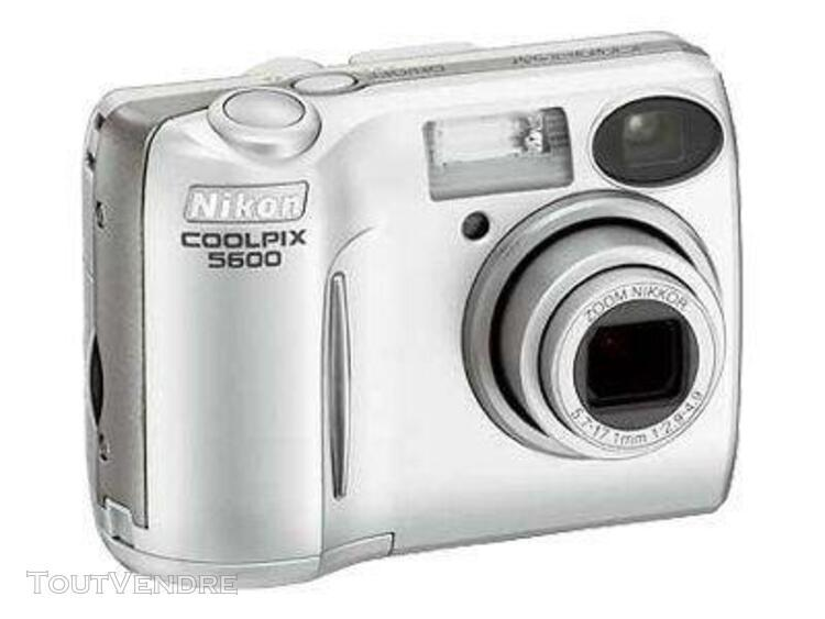 Nikon coolpix 5600 compact 5.1 mpix argenté(e)