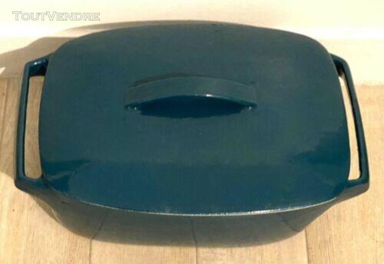 Belle cocotte turquoise ancienne en fonte émaillée tout
