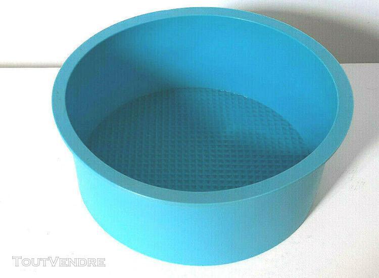 Moule a gâteaux silicone diametre: 17 cm hauteur: 7 cm + 2