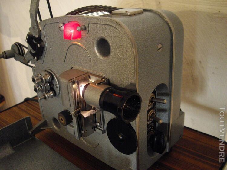 Rare projecteur (ex urss) omo mir 2 format 8 mm muet (110 vo