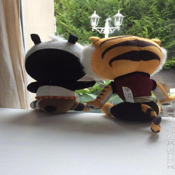 Deux peluches doudou kung fu panda pô le panda, &
