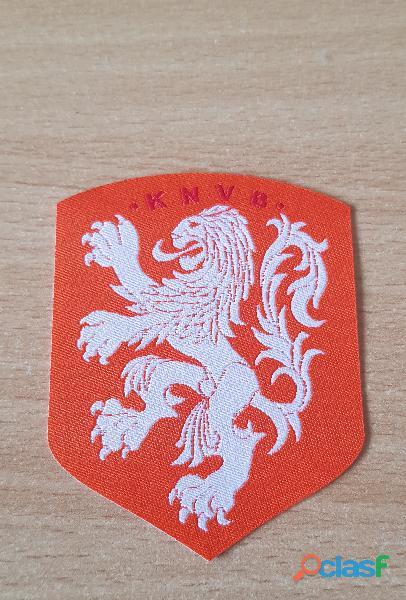 écusson patch en tissu fédération royale néerlandaise de football knvb 7,5x6 cm thermocollant