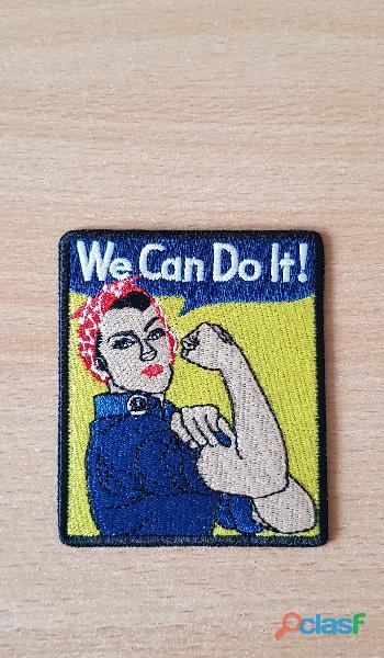 écusson brodé femme bras d'honneur bandana bleu de travail we can do it 7x8,5 cm thermocollant