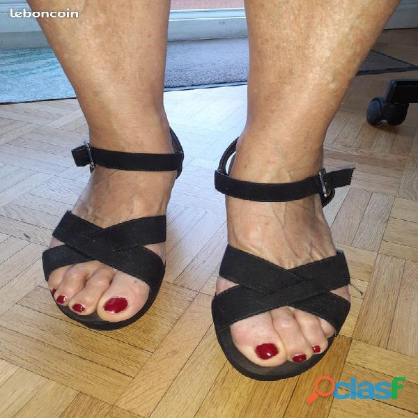 Sandale en cuir d'été femme