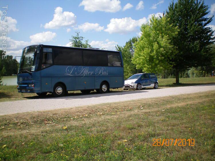 Bus hôtel vasp caravane avec voiture